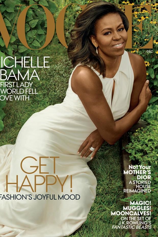 No último mês de 2016 e prestes a se despedir da Casa Branca, Michelle volta à capa da Vogue US (Foto: Reprodução)