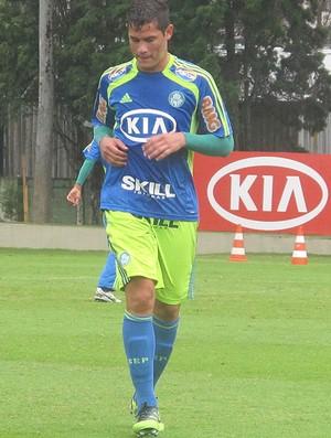Atacante Betinho, reforço do Palmeiras (Foto: Diego Ribeiro / Globoesporte.com)