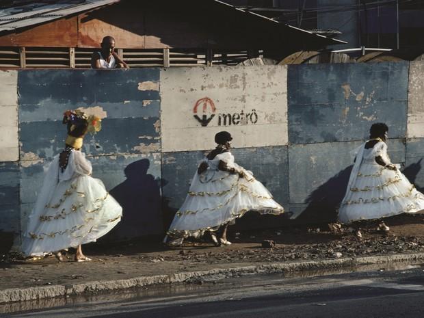 Foto de Bruno Barbey, Rio, carnaval, 1980, coleção particular (Foto: Divulgação/MAR)