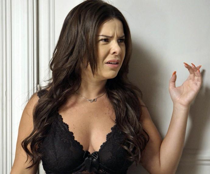 Mel fica com ciúme da pegação de Nenemzinho e Janete (Foto: TV Globo)