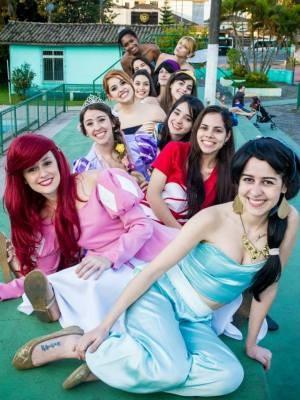 Grupo se conheceu em 2012, quando começaram a ajudar instituições (Foto: Tiago Januário / Arquivo Pessoal)