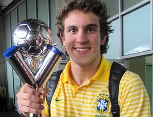 bruno uvini brasil troféu mundial sub20 (Foto: Fábio Leme / Globoesporte.com)