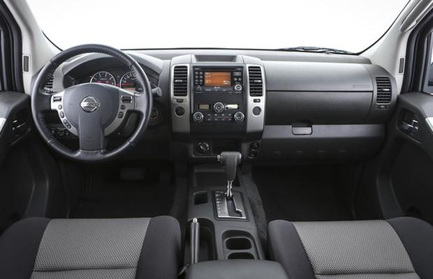 Nissan Frontier Platinum  (Foto: Divulgação)