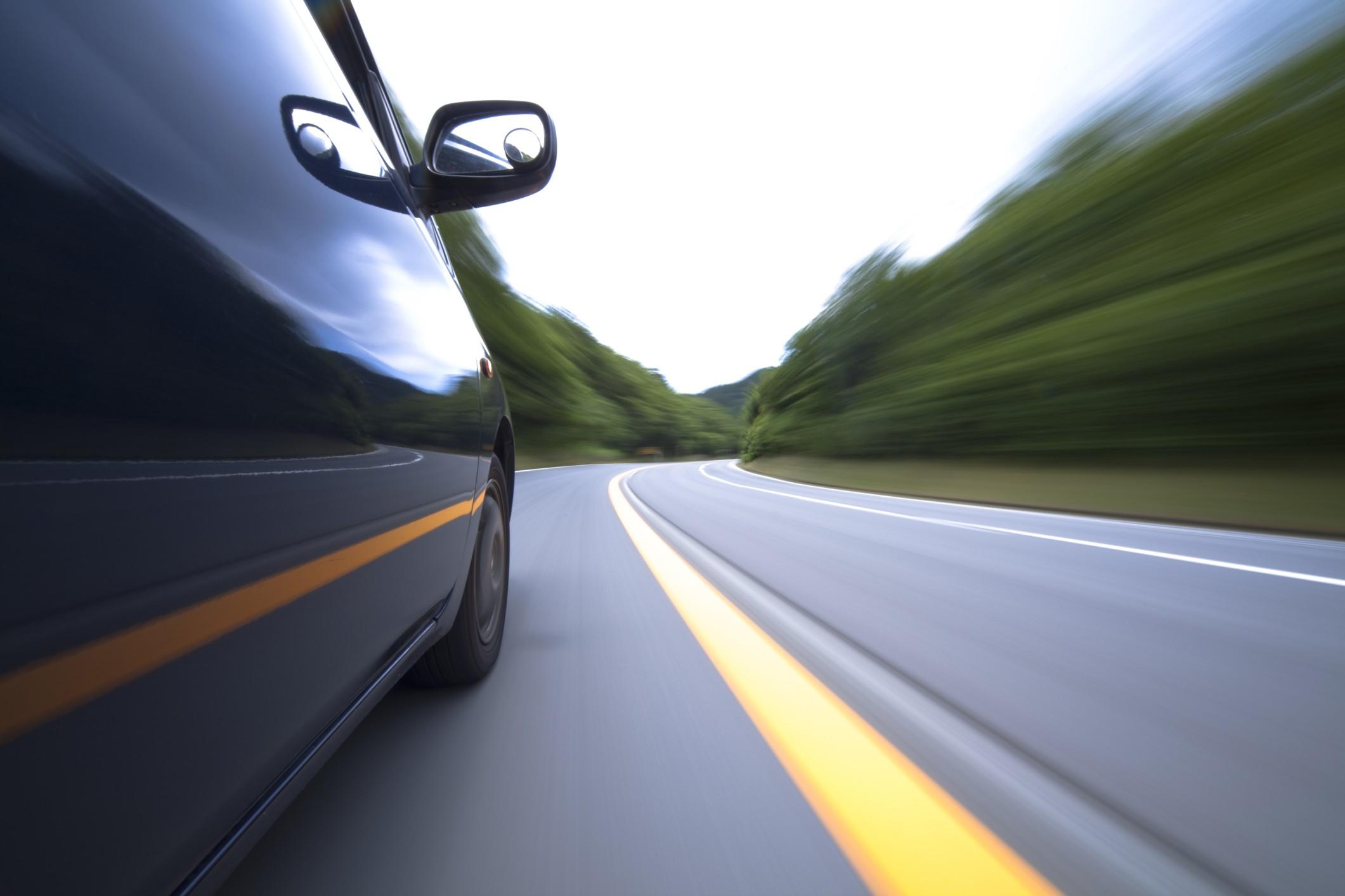 Carro movido a ferro poderá virar realidade no futuro