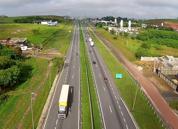 Resende cresceu à beria da Via Dutra e fica em um ponto estratégico entre Rio de Janeiro, Minas Gerais e São Paulo (Foto: Rio Sul Revista)