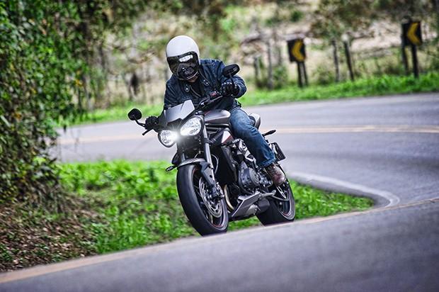 Moto Triumph Street Triple (Foto: Divulgação)