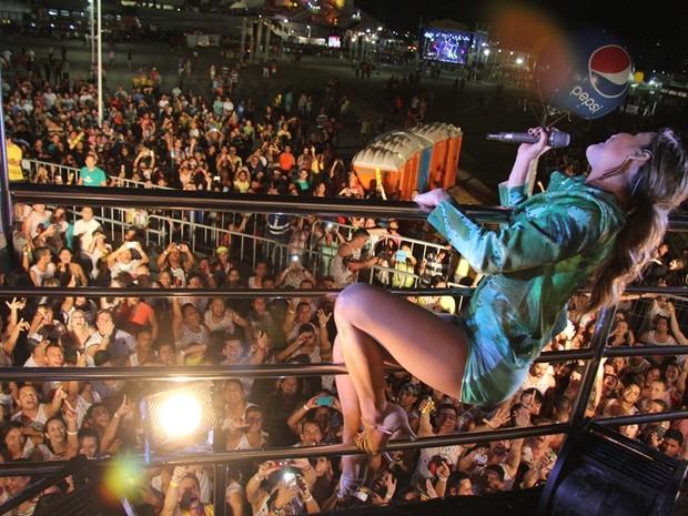 Claudia Leitte foi o destaque da segunda noite do Carnatal (Foto: Rayane Azevedo/G1)