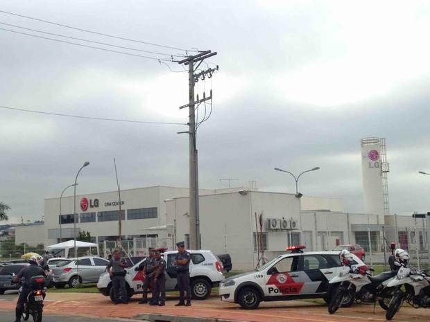 Funcionários acusam sindicato de impedir acesso à LG (Foto: Rauston Naves/Arquivo pessoal)