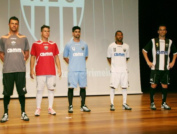 Novos uniformes Araxá Esporte Clube (Foto: Divulgação/AEC)