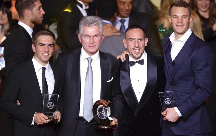 Lahm, Heynckes, Ribéry e Neuer (Foto: EFE)