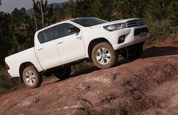Toyota Hilux SR flex (Foto: Divulgação)