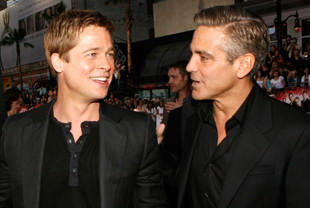 Brad Pitt e George Clooney em 2007 (Foto: Kevin Winter/Getty Images)