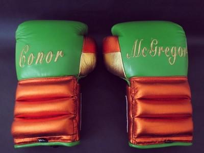 Luvas de boxe personalizadas Conor McGregor (Foto: Reprodução/Instagram)