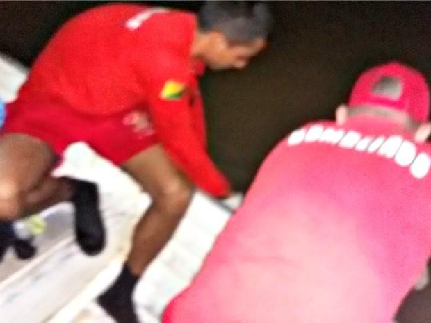 Corpo de Bombeiros fez o resgate ainda na noite desta quarta-feira (18) (Foto: Divulgação/Corpo de Bombeiros)