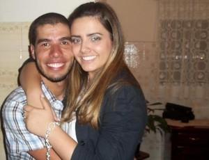 O nadador Daniel Dias com sua noiva Raquel Andrade (Foto: Arquivo Pessoal)