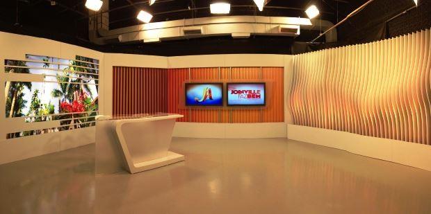 Estúdio foi modificado em Joinville (Foto: Luísa Konescki/RBS TV)