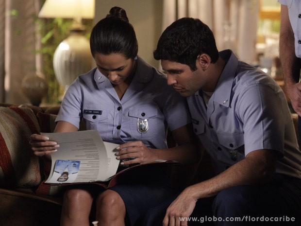 Isabel mente para Alberto e confirma que provas são verdadeiras (Foto: Flor do Caribe / TV Globo)