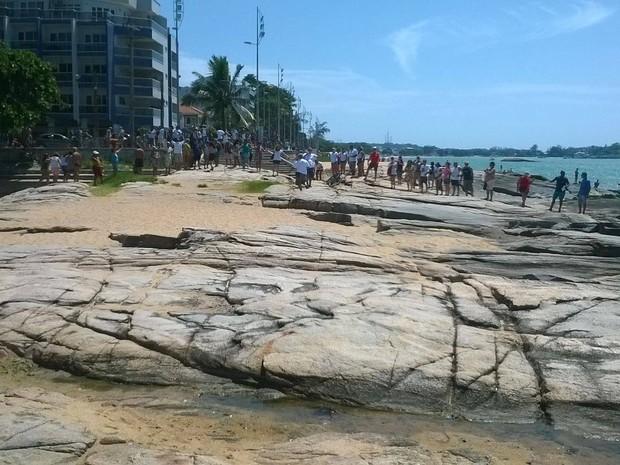Manifestação aconteceu no início da tarde deste sábado (Foto: Fernando Marin/ Divulgação)
