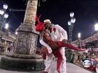 Cris Alves explica 'beijo técnico' em Aílton Graça: 'Fica com ciúme, não'