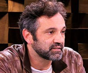 Depois de interpretar galã, Domingos Montagner fala da rotina como palhaço de circo