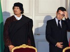 Sarkozy critica ex-premi lbio por ligar sua campanha de 2007 a Kadhafi