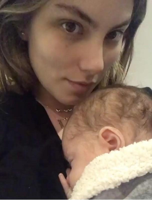 Bruna Hamú com o filho (Foto: Instagram/Reprodução)