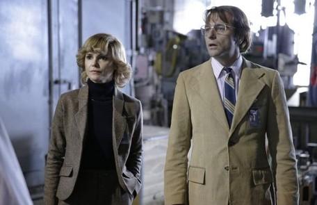 """""""The americans"""": casal de espiões da KGB que vive disfarçado nos Estados Unidos da Guerra Fria Divulgação"""