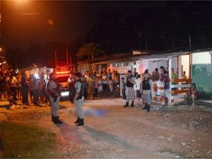 Ex-policial militar, de 52 anos, foi morto no bairro do Rangel, em João Pessoa (Foto: Walter Paparazzo/G1)