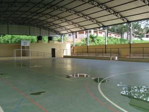 Quadra da Escola Estadual Monsenhor Artur de Oliveira é arena reserva (Foto: Danielle Dias/Arquivo pessoal)