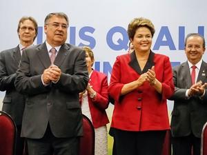 Dilma participou, ao lado do governador de Santa Catarina, Raimundo Colombo, de evento para anunciar investimentos no estado (Foto: Roberto Stuckert Filho/PR)