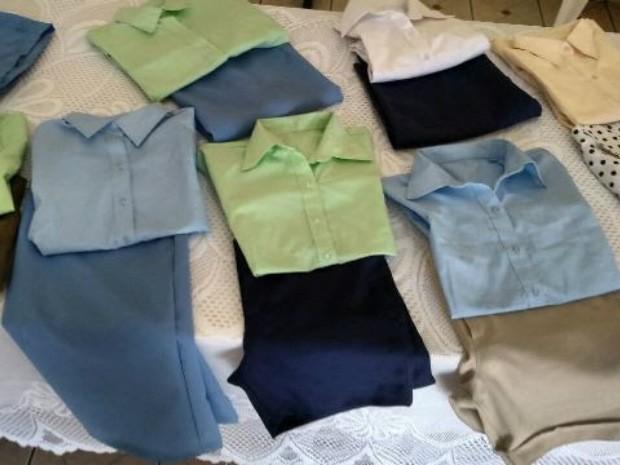 Peças de roupas produzidas pelas detentas que participaram do curso de capacitação em Jateí (Foto: Sistema Famasul/Divulgação)