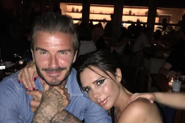 Victoria Beckham com o marido, David Beckham (Foto: Instagram)