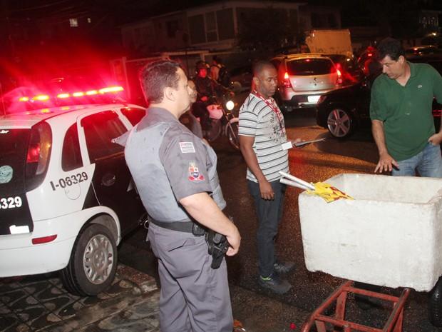 Força-tarefa teve o apoio da PM e da Guarda Municipal (Foto: Marcelo Martins/Prefeitura de Santos)