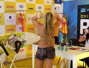 Surfe Sage Erickson usa short de oncinha no Rio Pro (Foto: Gabriele Lomba)