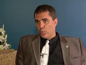 Carlos Fernandes é alvo de denúncias (Foto: Reprodução SporTV)
