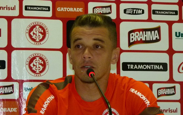 D'Alessandro meia Inter (Foto: Rafael Antoniutti / Divulgação TXT Assessoria)