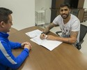 Corinthians compra parte de Vilson e firma contrato até o fim de 2018