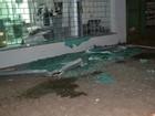 Homem fica ferido após explosão de caixas eletrônicos no norte do Paraná