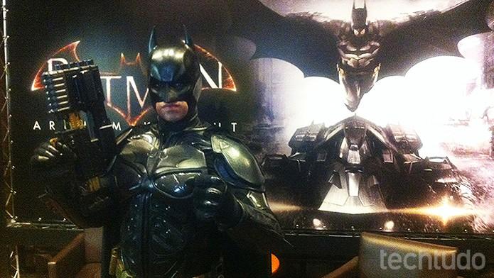 Cosplay do Batman estava presente no evento de lançamento de Batman Arkham Knight (Foto: Monique Alves/TechTudo)