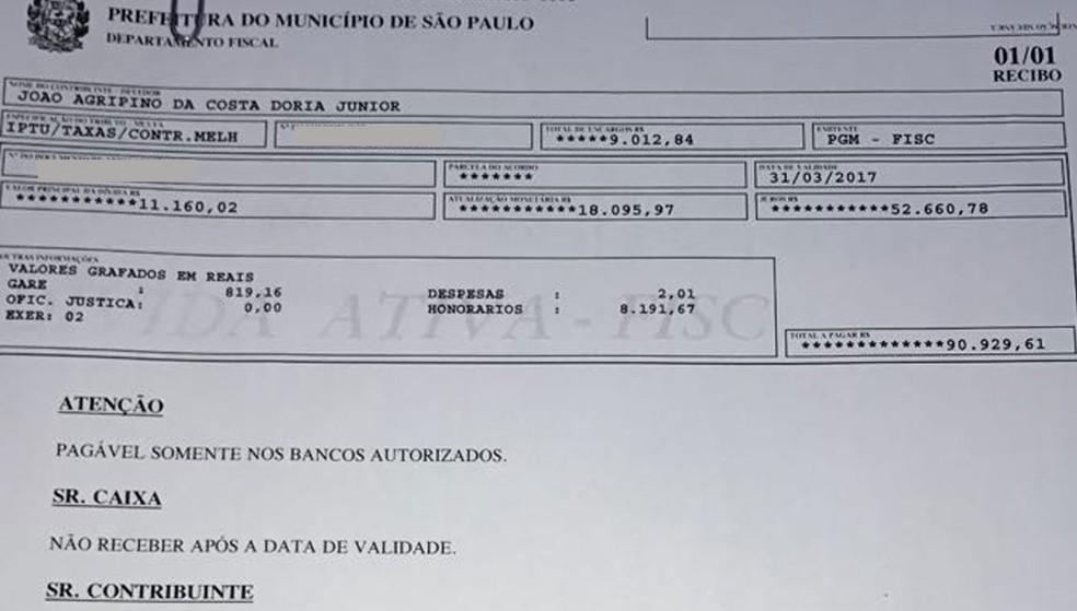 Boleto emitido para o prefeito João Doria quitar a dívida de mais de R$ 90 mil de IPTU (Observação: dados pessoais borrados) (Foto: Reprodução)