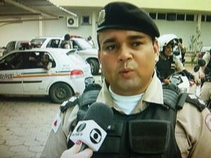 Capitão Daílson da Silva está preso no quartel da PM (Foto: Reprodução / Inter TV Grande Minas)