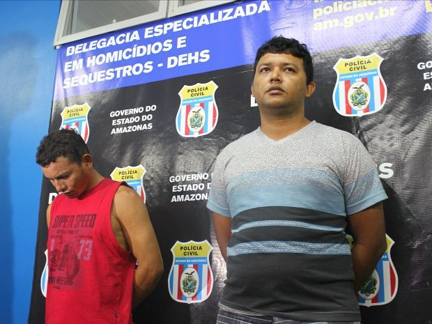 Suspeitos foram presos na tarde do domingo (30) (Foto: Luis Henrique Oliveira/G1 AM)