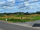 Sem recursos, prefeitura no AC põe terreno à venda para comprar asfalto