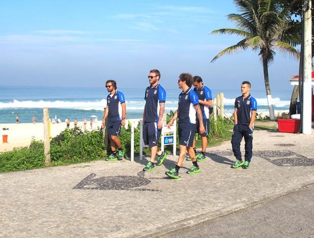 Seleção da Itália na praia (Foto: Carlos Augusto Ferrari)