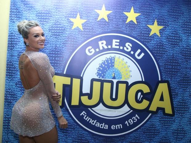 Juju Salimeni em ensaio na quadra da Unidos da Tijuca, na Zona Norte do Rio (Foto: Daniel Pinheiro/ Ag. News)