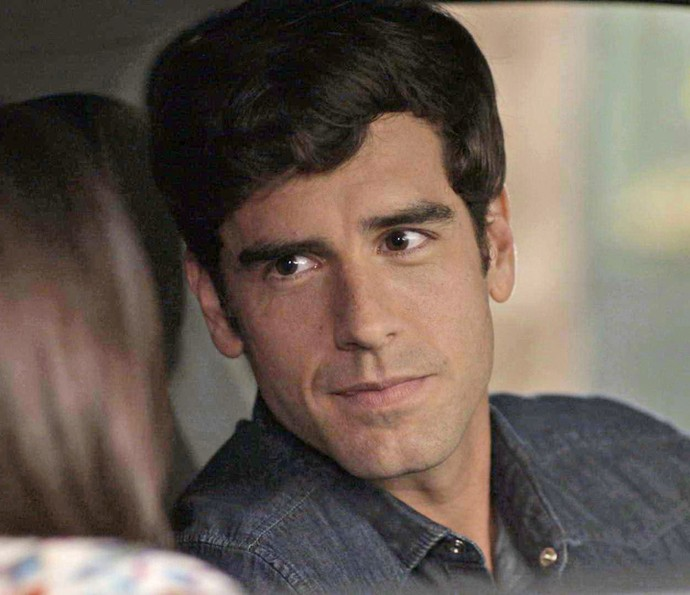 Felipe quer conhecer a família de Shirlei (Foto: TV Globo)