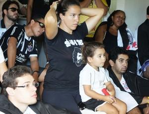 Torcida do Corinthians em João Pessoa se reúne para assistir a estreia do time no Mundial (Foto: Larissa Keren / Globoesporte.com/pb)