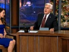Dois meses após dar à luz, Megan Fox exibe boa forma na TV