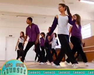 Tem ritmo e elasticidade no Revista deste sábado (Foto: Reprodução Rio Sul Revista)