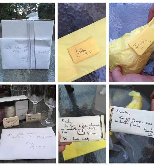 Os presentes que Kathy e Brandon receberam (Foto: Reprodução - Facebook)